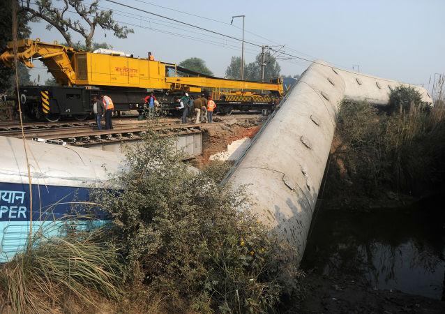 印度脱轨列车的司机可能不知道道路维修