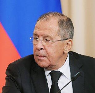 俄外长:美国阻止向阿富汗供应俄罗斯武器