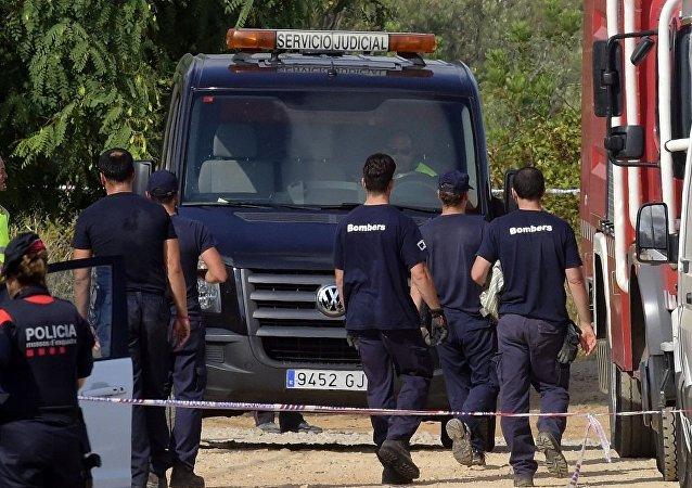 西班牙警方称恐袭案组织者可能在阿尔卡纳尔爆炸事件中死亡