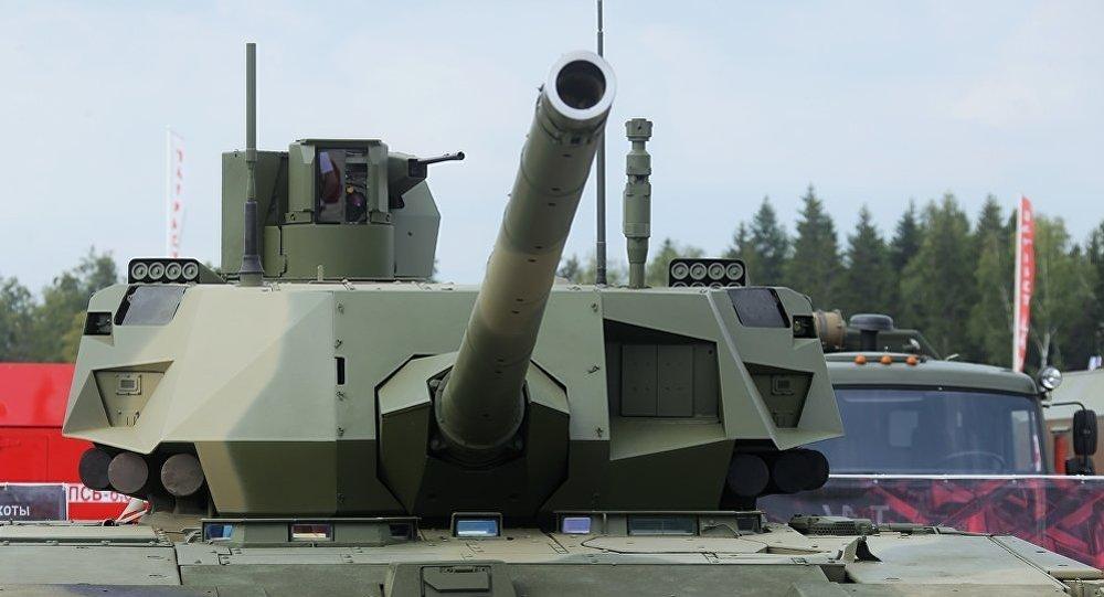 俄罗斯新型坦克T-14阿尔玛塔