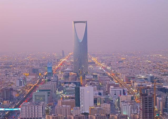 阿拉伯联军拦截一枚也门胡塞武装向沙特王宫发射的弹道导弹