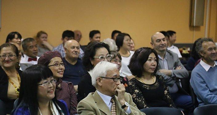 2016年4月27日摄影展《莫斯科的中国人及他们眼中的莫斯科》开幕式