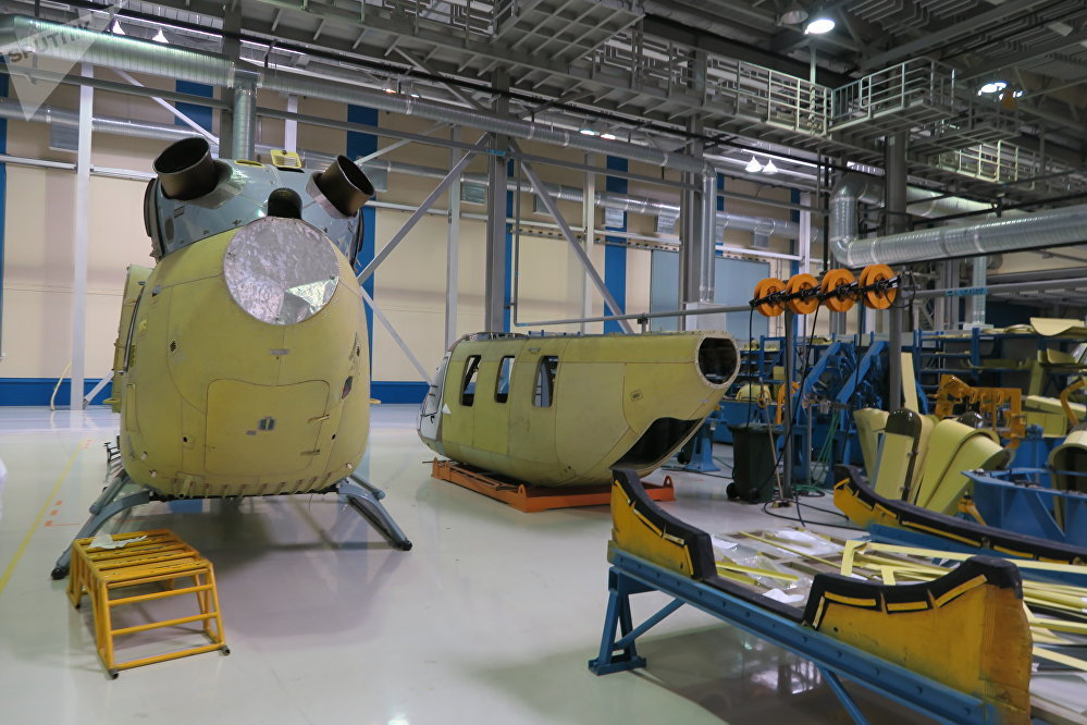 建造一架直升机大约需要花费9个月的时间。