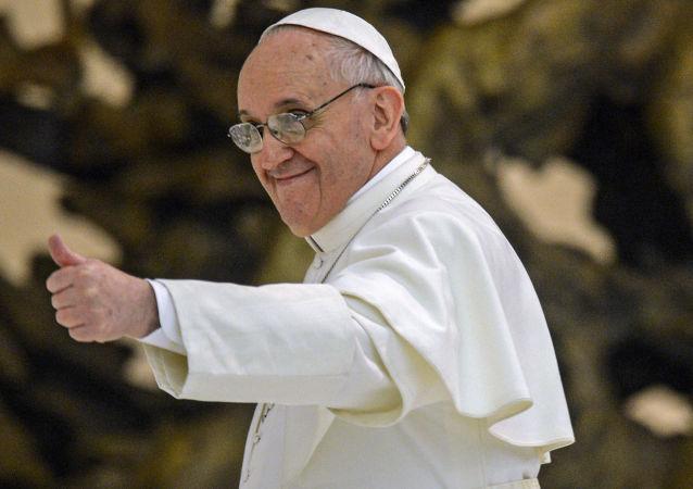 梵蒂冈国务卿:恐怖分子计划进攻教皇