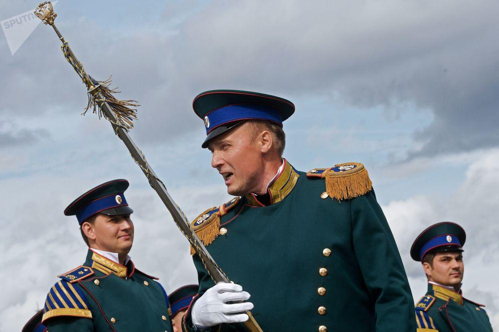 总统乐团指挥叶夫根尼·尼基京上校