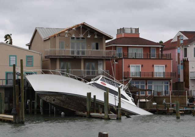 大坝决堤 德克萨斯州宣布紧急疏散