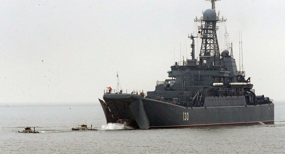 俄波罗的海舰队举行战备检查