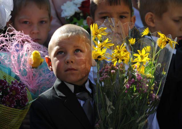 媒体:俄筹建评估儿童发育期间变化的数据中心