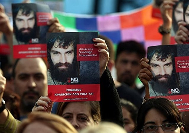 阿根廷首都的抗议活动致约20人受伤