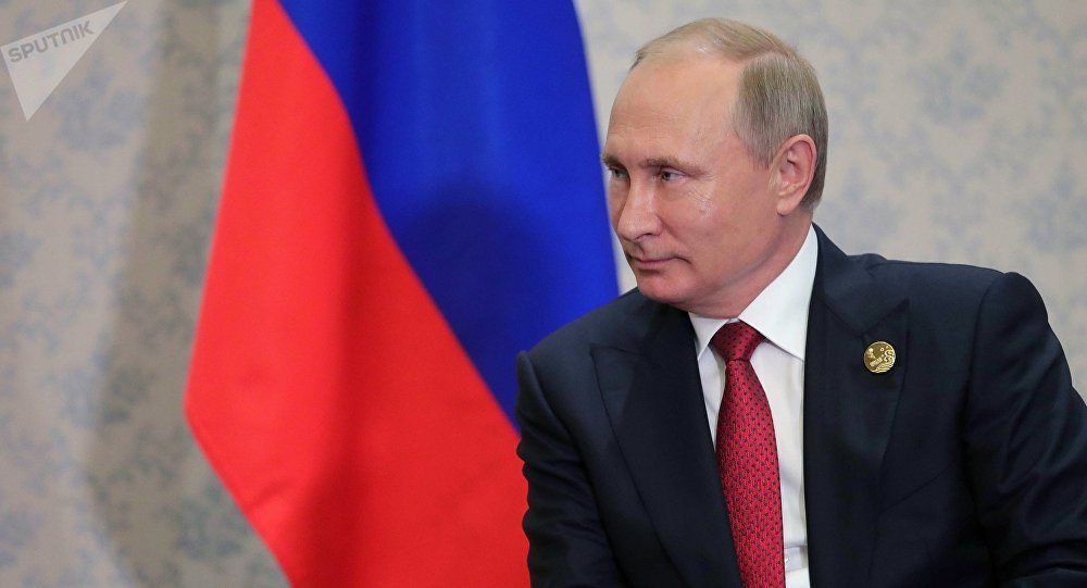 普京与伊朗外长讨论中东局势和反恐问题