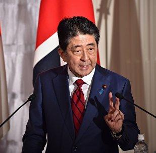 日本首相呼吁国际社会对朝鲜施加最大压力