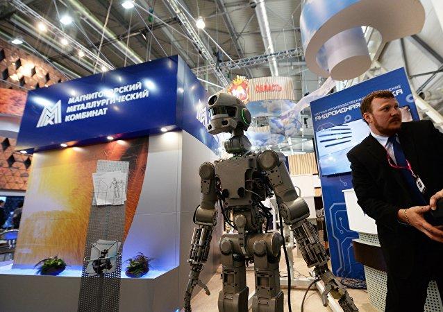 俄羅斯首款人形機器人費奧多爾