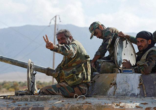 叙利亚军方解放了代尔祖尔附近油田