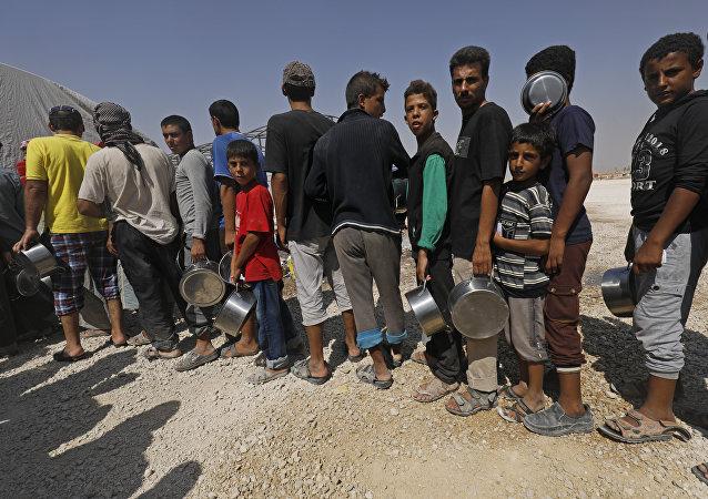 俄外交官:西方准备牺牲人道主义援助叙利亚机制 只为其制裁不受谴责
