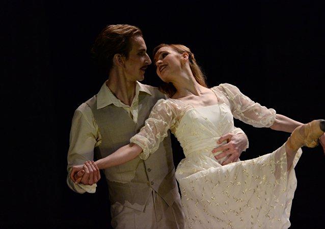 俄艾夫曼芭蕾舞團《安娜·卡列尼娜》揭幕國家大劇院舞蹈節