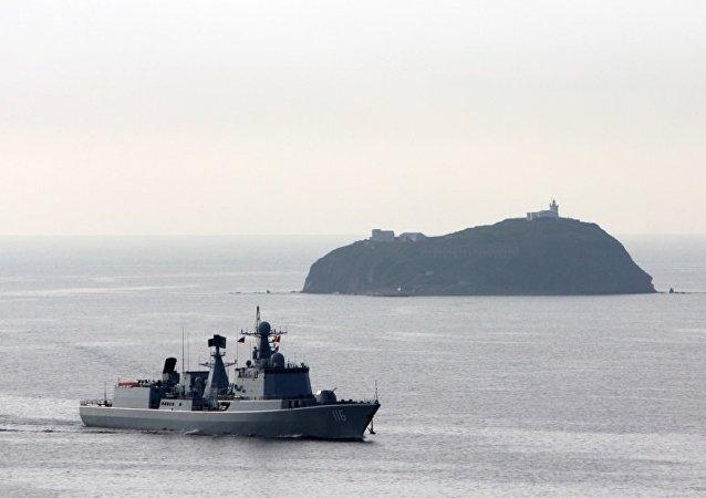 中国海军太原舰抵达日本 将参加国际舰队阅舰式