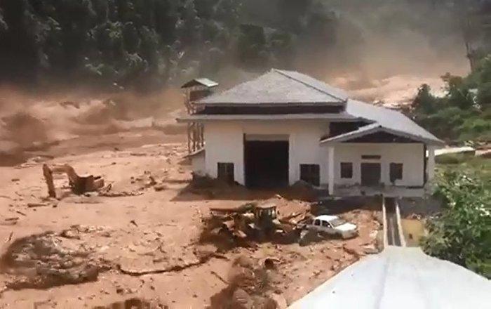 大坝决堤 泥石流吞没老挝村庄
