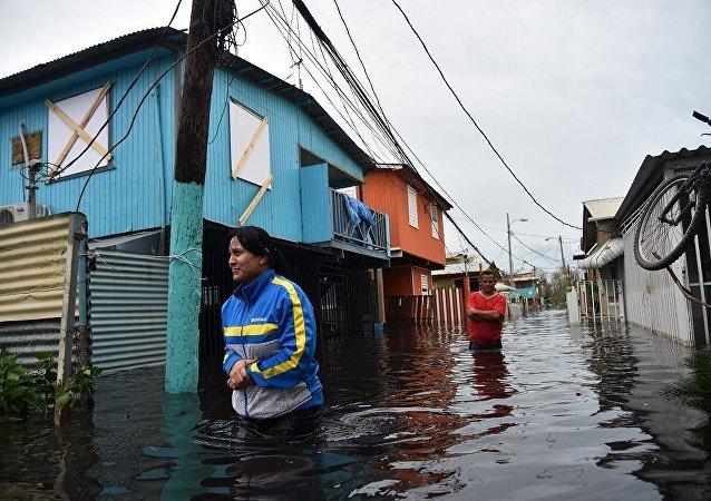 """媒体:飓风""""玛丽亚""""已致波多黎各12人死亡"""