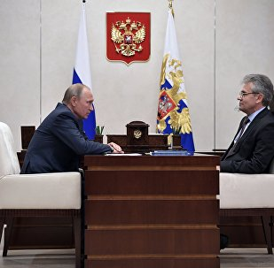 普京请俄科学院院长关注国家科技发展战略