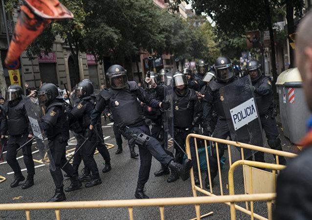 加泰罗尼亚警察(Mossos d'Esquarda)