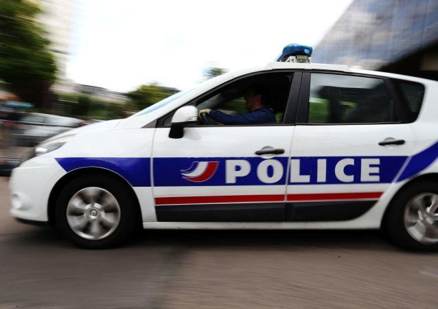 銀行劫匪與法國警方槍戰中被打傷