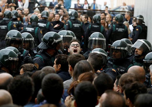 巴塞罗那市长:同警方冲突导致的受伤人数超460人