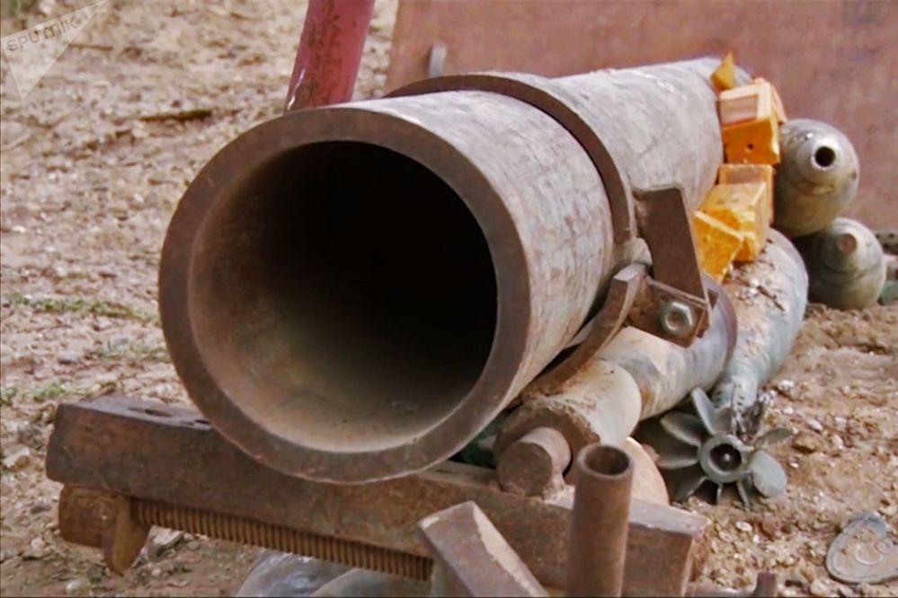 代尔祖尔城内的迫击炮和地雷
