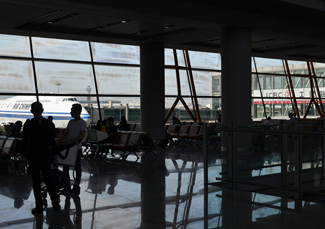 美国继续减弱对中国航空公司的飞行限制