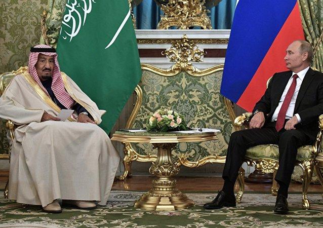 俄总统普京与沙特阿拉伯国王萨勒曼•本•阿卜杜勒阿齐兹•阿勒沙特