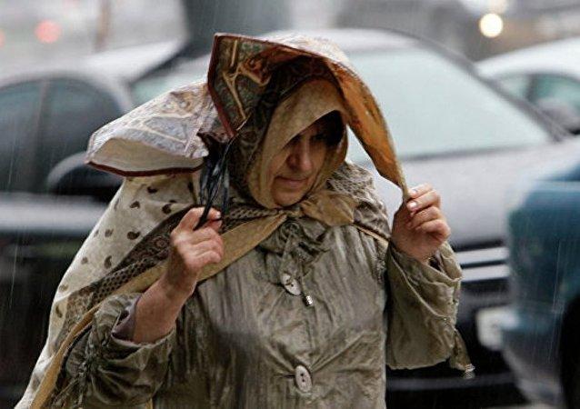 波兰暴风导致2人死亡39人受伤
