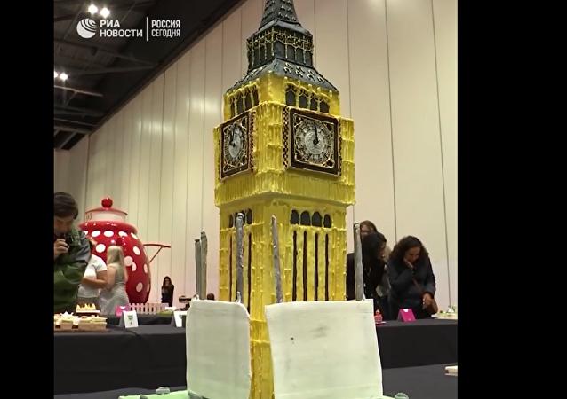 伦敦举行糖果艺术展