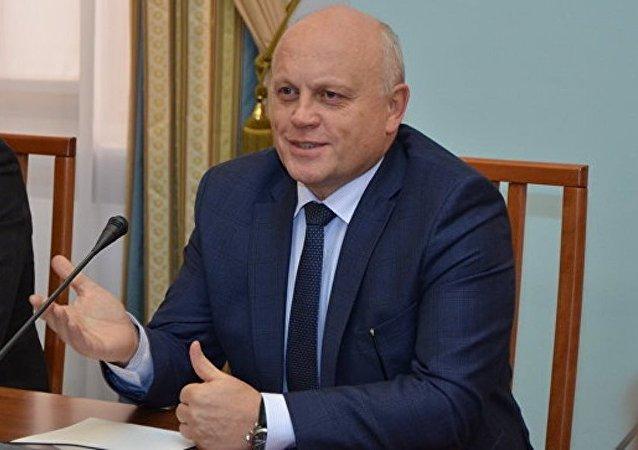 普京接受鄂木斯克州州长辞呈