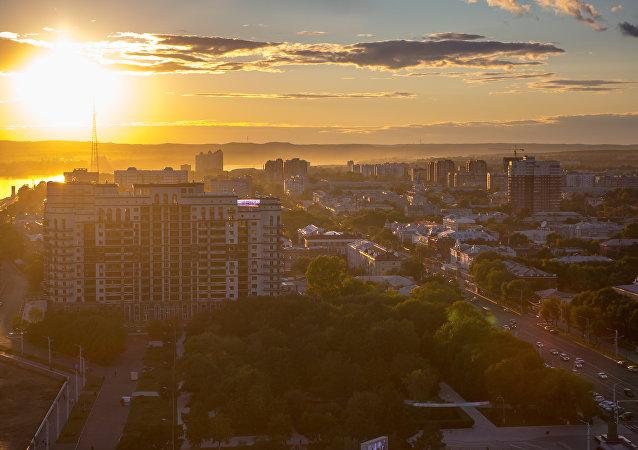 """俄中边境城市在""""超级黄金周""""期间迎来游客数量高峰"""