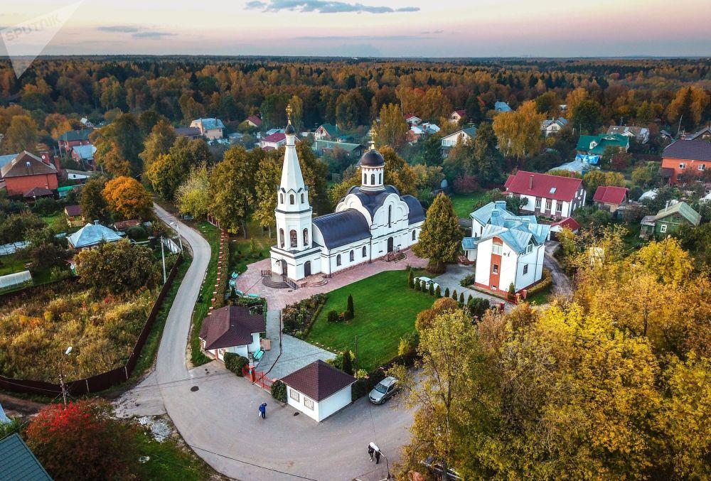 俄羅斯特羅伊茨克季赫溫聖母像教堂