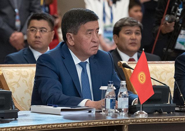 吉尔吉斯斯坦前总理索隆拜•热恩别科夫在总统大选中获胜