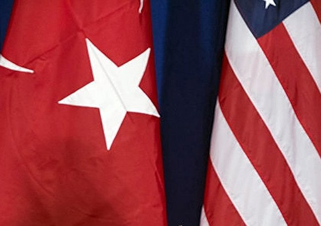 特朗普国家安全顾问麦克马斯特在伊斯坦布尔讨论与土分歧问题