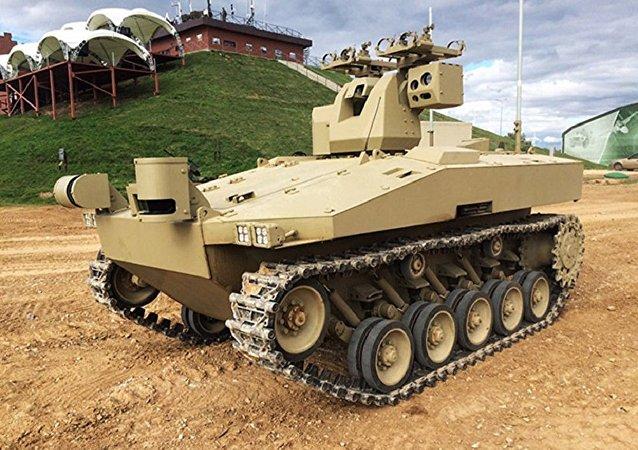 """俄罗斯启动""""战友""""作战机器人的试验设计工作"""
