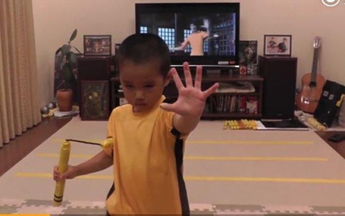 7岁的李小龙模仿者,模仿得太像了!