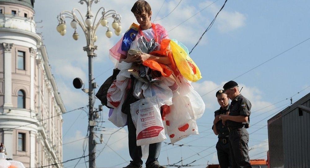 反对使用塑料袋的行动(图片资料)
