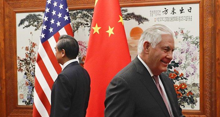 专家:美国务卿将访印度 中国反应异常平静