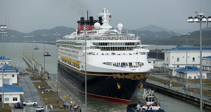 中国在巴拿马运河地区向美国发起挑战