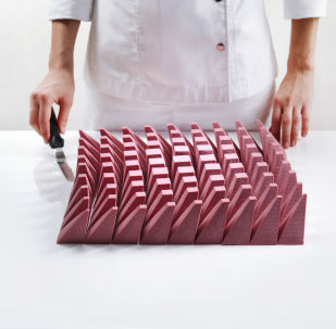 烏克蘭建築師迪娜拉•卡西科製作的蛋糕