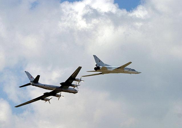俄轰炸机北冰洋飞行出乎美国意料之外