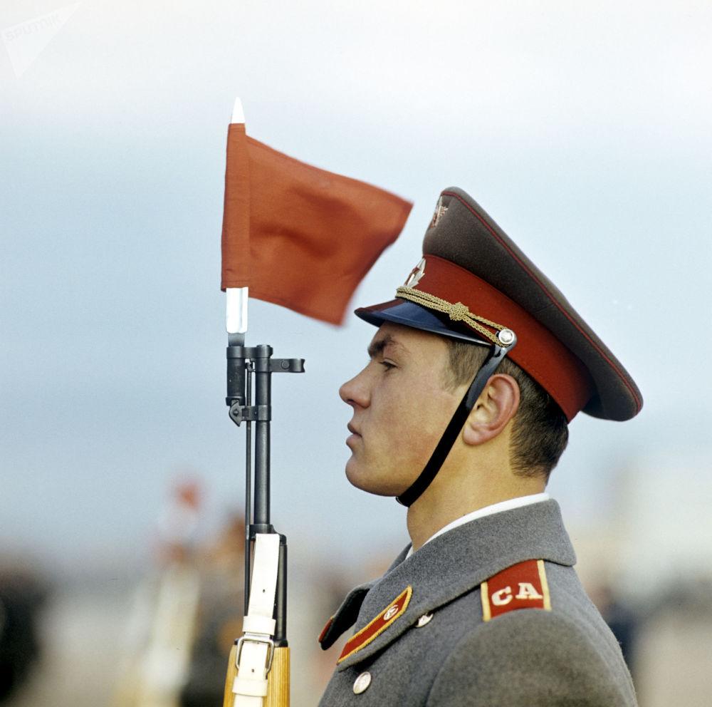 在紅場上舉行的閱兵式