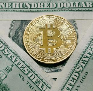 比特币的价格再次超过1.8万美元