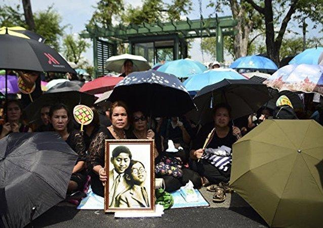 泰国送别已故国王