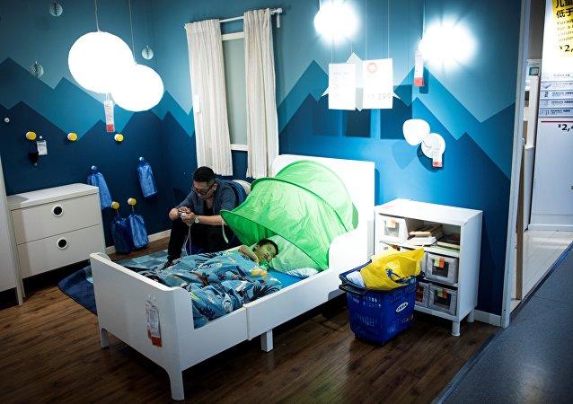 中国教育部明确小学生每天睡眠时间应达到10小时