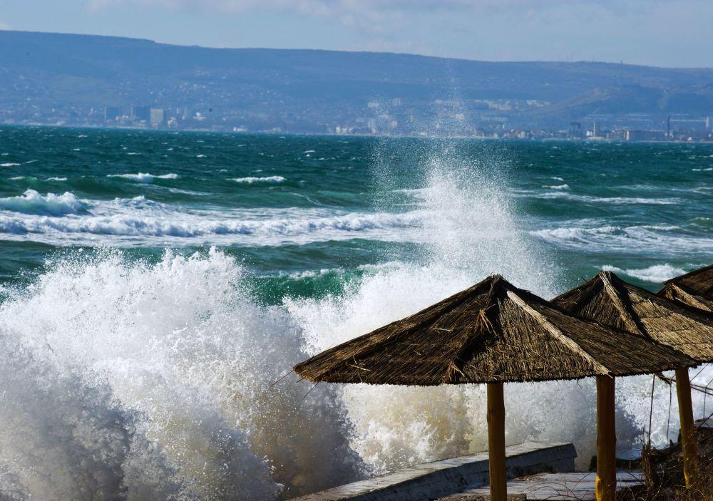 黑海风暴,费奥多西亚