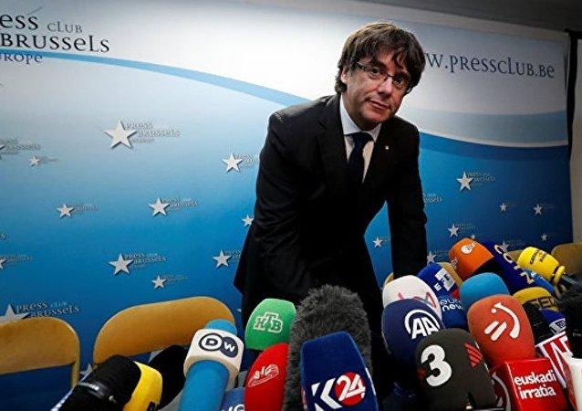 加泰羅尼亞自治區前主席來到布魯塞爾警局