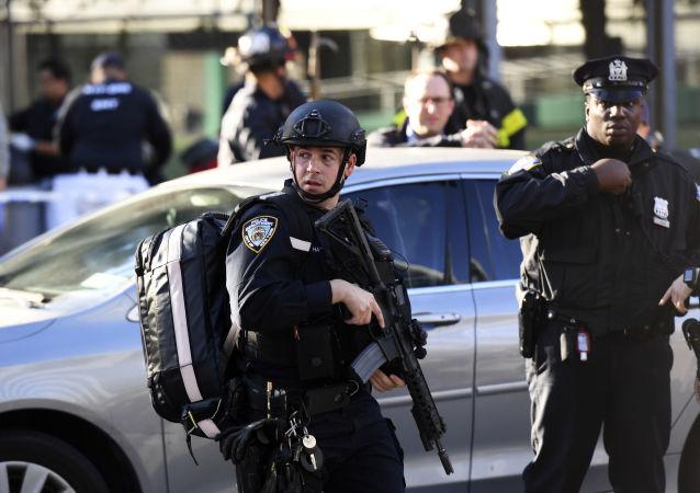 纽约市立大学教授:纽约发生恐袭与美国中东政策有关